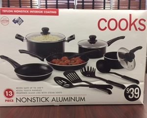 JCPenney - Cookware Set